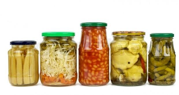الأغذية المعلّبة والمواد المُضافة... ماذا عنهما