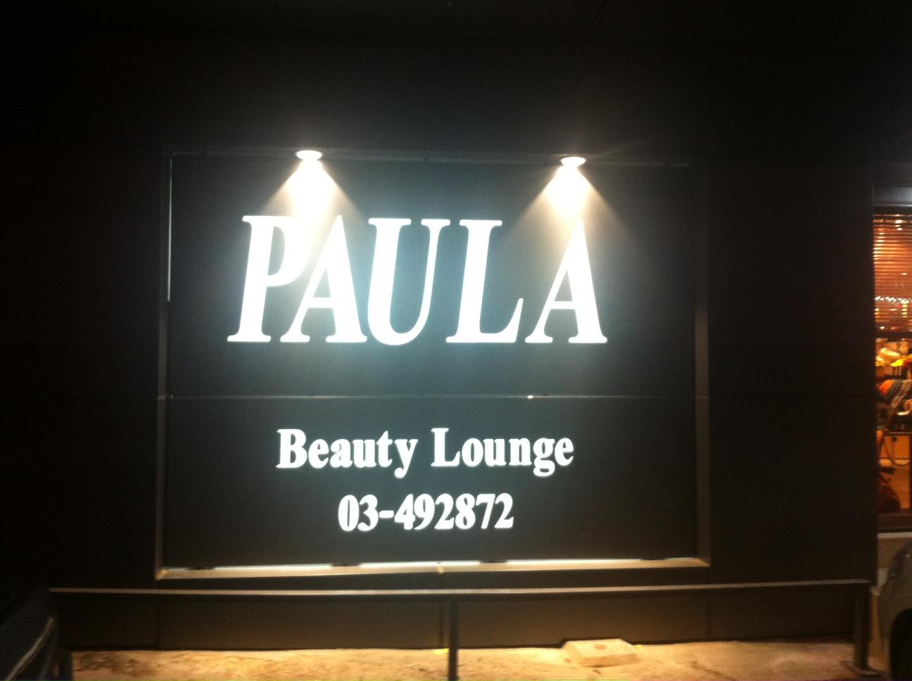 Beauty Lounge by Paula