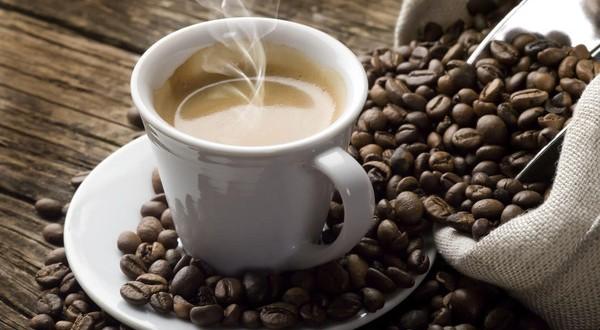 فنجان قهوة يومياً
